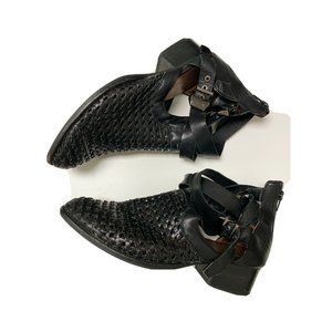 Jeffrey Campbell Everly Woven Booties Size 9